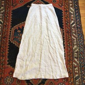 Dresses & Skirts - Banana Republic 100% Linen high waisted maxi skirt